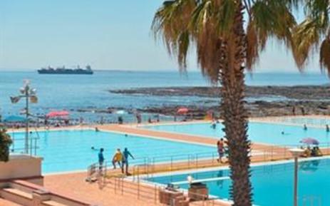 The Sea Point public pool.